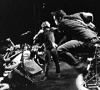 Rise Against, Thursday, Poison The Well - Rise Against - Headliner Shows im November mit Thursday und Poison the Well