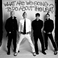 Anti-Flag - ANTI-FLAG helfen Bands, die anderen helfen