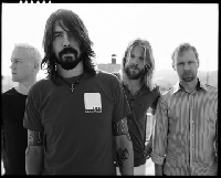 "Foo Fighters - <b>Foo Fighters: Weltpremiere des ""Rope""-Clips</b>"