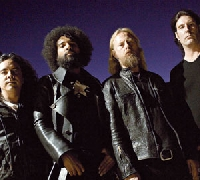 Alice In Chains - Alice in Chains: neuer Song online!